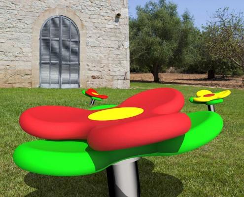 """Karussell """"circulus1 blüte"""" im Park"""