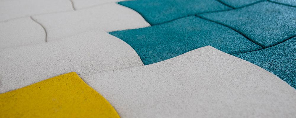 stilum Designpflaster mit verschiedenen Höhen und Farben